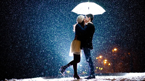 couple-love-in-rain